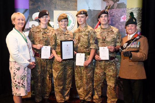 REWARDS FOR STAR PERFORMERS IN 2ND (NI) BATTALION ACF